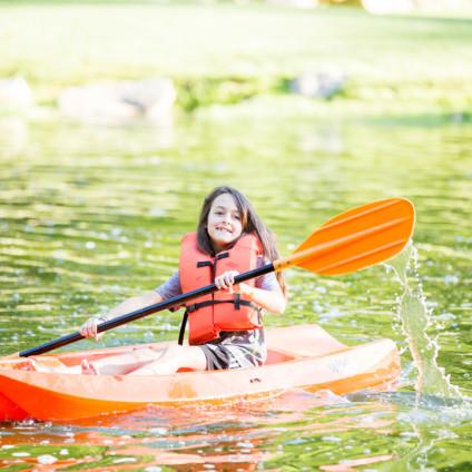 kayakinggirl@2x